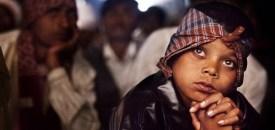The avid watchers of India's old school travelling cinemas