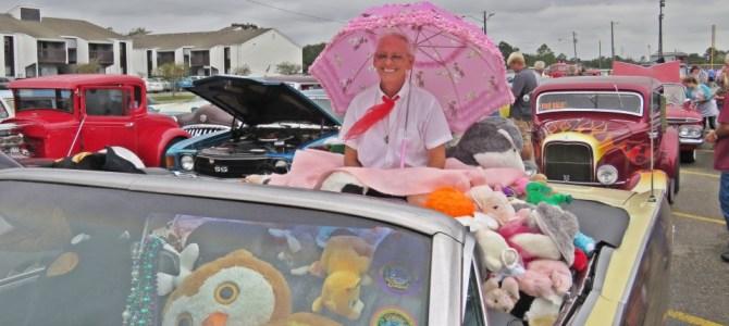 לאורך מפרץ מקסיקו: פלורידה, אלבמה ופסטיבל מכוניות עתיקות במיסיסיפי