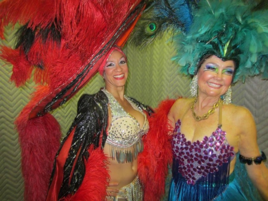 Behind the scenes of Oshun Wings Tras escena de las alas de oshun Creadora Directora Coreografa Choreography Bailarina dancers profesional rehearsal Maritza Rosales 13