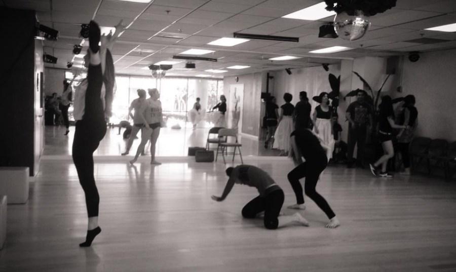Ensayos de la obra Las Alas de Oshun Creadora Directora Coreografa Bailarina Profesional Maritza Rosales 01