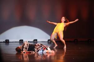 Las alas de Oshun por Maritza Rosales Coreografa Directora Profesional de Danza 082