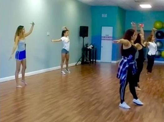 Quinceaneras sweet sixteen eighteen Bodas Aniversario Eventos coreografa profesional Maritza Rosales 022