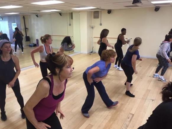 Boombafro Master Class por Maritza Rosales Bailarina Instructora Coreografa Creadora y Directora Profesional de este estilo de clase AfroCubano Latino Cardio Tonificacion Yoga Meditacion 001