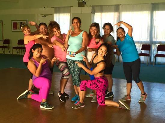 Clases de Boombafro por Maritza Rosales Bailarina Instructora Coreografa Creadora y Directora Profesional de este estilo de clase AfroCubano Latino Cardio Tonificacion Reductiva Yoga Meditacion 040