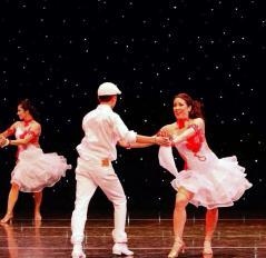 Maritza Rosales Bailarina Instructora Coreografa Profesional en Bailes Populares y de Salon Ritmos Cubanos y Latinos Rumba Mambo Salsa Merengue Cumbia 005
