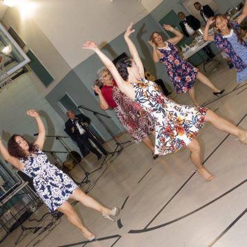 Maritza Rosales Bailarina Instructora Coreografa Profesional en Bailes Populares y de Salon Ritmos Cubanos y Latinos Rumba Mambo Salsa Merengue Cumbia 036