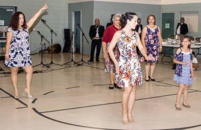 Maritza Rosales Bailarina Instructora Coreografa Profesional en Bailes Populares y de Salon Ritmos Cubanos y Latinos Rumba Mambo Salsa Merengue Cumbia 038