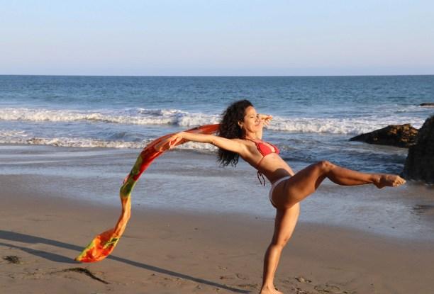 Maritza Rosales Bailraina Instructora Coreografa Profesional de Danza Moderna y Contemporaneo Tecnica Cubana 006