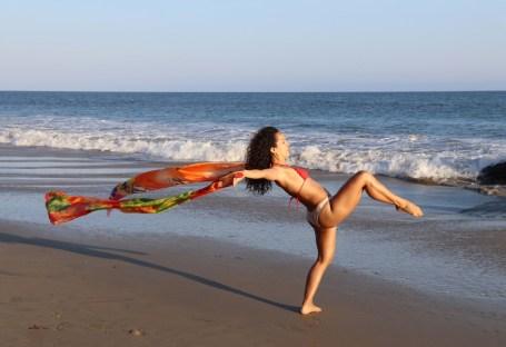 Maritza Rosales Bailraina Instructora Coreografa Profesional de Danza Moderna y Contemporaneo Tecnica Cubana 007