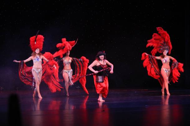 Variedades Shows Business Bailarina Instructora Coreografa Maritza Rosales Fundadora Directora de Oshun Wings Dance Art and Entertainment 011