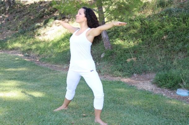 Yoga estiramiento reductiva meditacion relajacion posturas sanacion conexion cuerpo mente Instructora Maritza Rosles 030