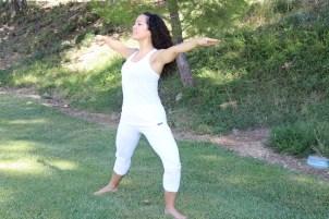 Yoga estiramiento reductiva meditacion relajacion posturas sanacion conexion cuerpo mente Instructora Maritza Rosales 030