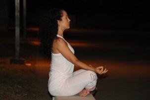 Yoga estiramiento reductiva meditacion relajacion posturas sanacion conexion cuerpo mente Instructora Maritza Rosales 065