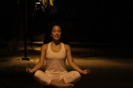 Yoga estiramiento reductiva meditacion relajacion posturas sanacion conexion cuerpo mente Instructora Maritza Rosales 066