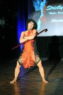 elegua diagonal de oshun coreografa maritza rosales fundadora directora de oshun wings dance art entertainment 01
