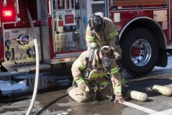 Oceanside Firefighter has the bottle on his air-pac replaced
