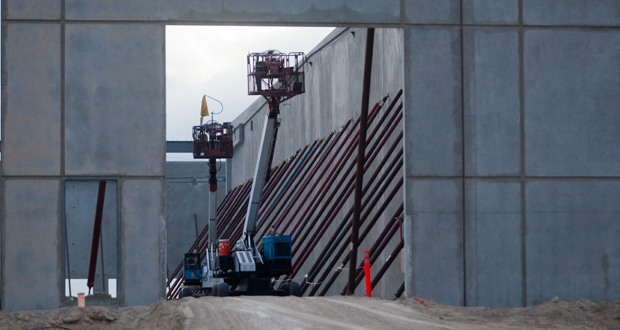 Concrete walls being installed at FedEx distribution center (file photo)