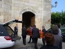 A comarca trivesa despide ao concelleiro Isauro Pérez