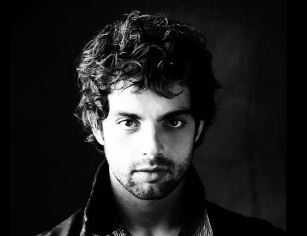 O actor e cantante barquense Christian Escuredo./ Foto: Luis Malibrán.