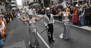 Multitudinario desfile de Entroido en Ourense
