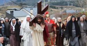A paixón de Cristo escenificada en Rubiá
