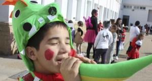 Os animais conquistan o Entroido na festa do colexio Pablo VI-Fátima, na Rúa