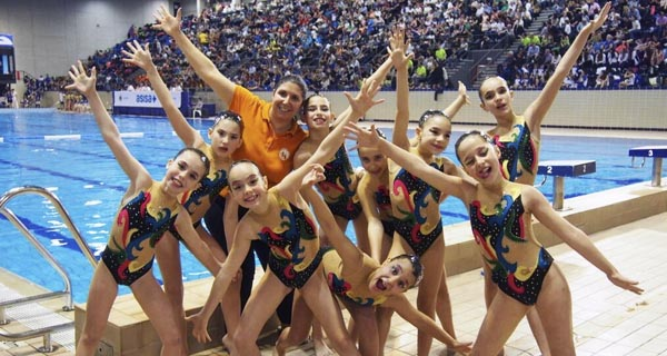 As nadadoras do Sincro Ourense conquistan Barcelona