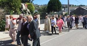 Os veciños de Vilamartín de Valdeorras honran ao patrón, San Jorge