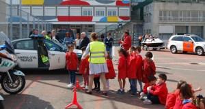 Os escolares de Educación Infantil de Salesianos aprenden sobre seguridade viaria
