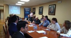 A CEO mantén un encontro bilateral cos empresarios da misión americana