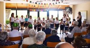 Teatro e moita música na II Festa da Familia na residencia da terceira idade do Bolo