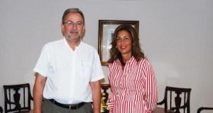 O novo alcalde da Rúa reúnese coa delegada da Xunta en Ourense