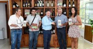 Dous viños da Adega Roandi de Éntoma, premiados no XVII Concurso Viños Tintos Galegos, en Euskadi