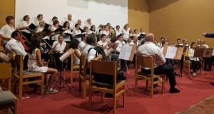 Encontro musical en Viana da man da Coral Candea