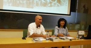 """Beni Rodríguez presenta """"Toro: Lembranzas dunha aldea"""" na Biblioteca de Verín"""