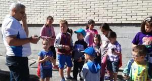 Os nenos de Manzaneda achéganse ao mundo dos radioafeccionados