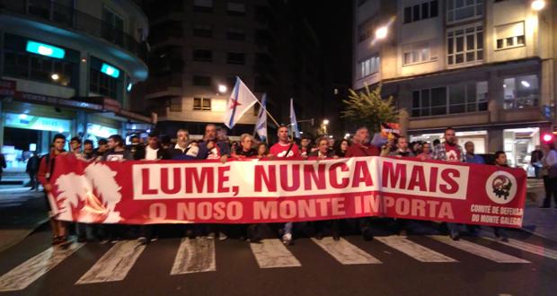 """Miles de persoas berran """"Lume, nunca máis!"""" na cidade"""
