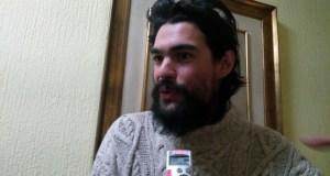 """Óliver Laxe: """"Escollín Ourense como escenario porque é onde máis incendios hai"""""""