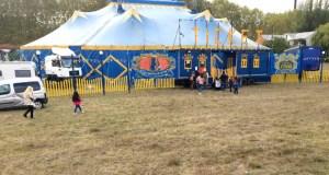 O novo espectáculo do Circo de Vienna Roller, no Barco de Valdeorras