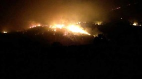 Noite de incendios no oriente ourensán