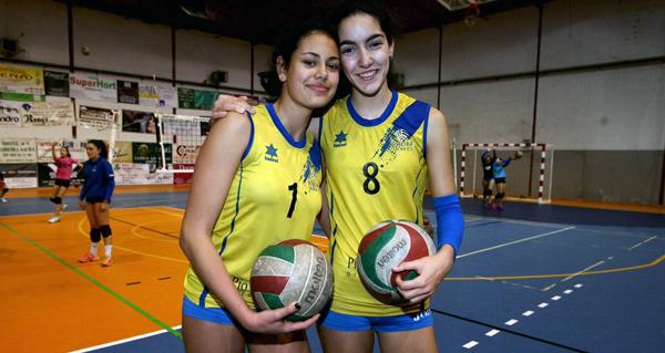 Dúas xogadoras do CV Ribeira Sacra, convocadas pola selección nacional de voleibol