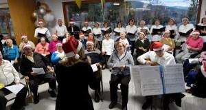 Nadal musical na residencia da terceira idade de Valdegodos