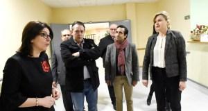 Primeira visita do conselleiro de Política Social á residencia da terceira idade de Larouco