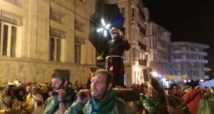 Frei Canedo saíu en procesión polas rúas do barrio da Ponte, en Ourense