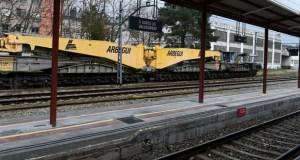 Talleres Meleiro, no Barco, fai o mantemento da maior góndola ferroviaria de España