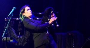 Cristina Pato xungue a música e a cultura vitivinícola nun concerto en Sober