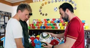 Os mundiais de fútbol centran a exposición da Semana Cultural no colexio Pablo VI-Fátima da Rúa