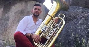 O director da Banda de Música de Sober, na Orquestra Teatro Regio de Turín