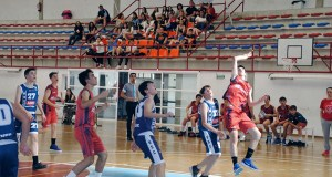 Intensa semana de baloncesto para o MV Barco