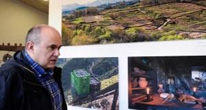 """""""Sober Vivo"""", un paseo visual polos recursos deste municipio da man de Felipe Castro"""